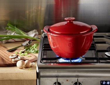 eco friendly ceramic cooking pot from emile henry