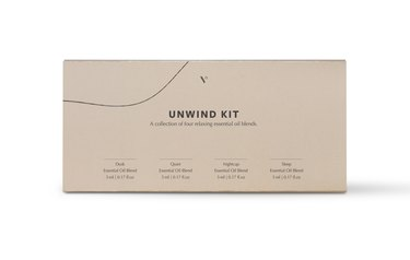 tan Unwind essential oils gift kit