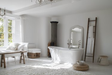 8 Farmhouse Bathroom Storage Ideas for Small Spaces or Large Ones