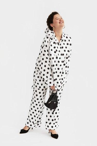 "Sleeper ""Sizeless"" Pajama Set with Pants in Polka Dot"