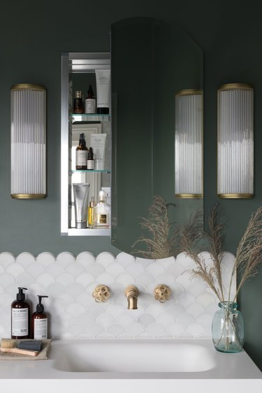 Need a Refresh? These Brass Bathroom Faucet Ideas Will Inject Life Into Your Space