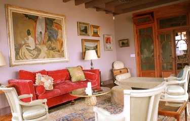 """pink family room in """"the undoing"""" beach house"""