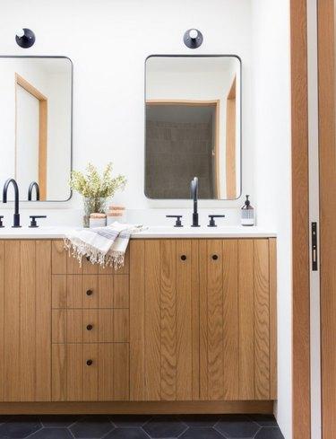 Matte Black Bathroom Faucet gooseneck