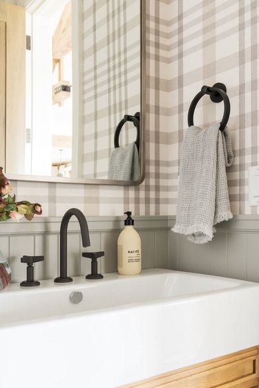 Matte Black Bathroom Faucet powder room
