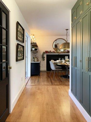 8 Farmhouse Hallway Ideas That Aren't All About Shiplap