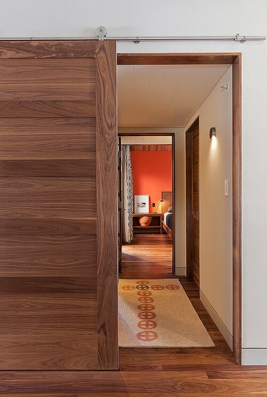 Modern Hallway lighting wall sconce