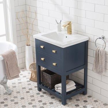 "Knighten Modern 24"" Single Bathroom Vanity Set"