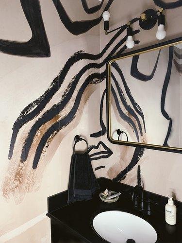 Duett Interiors founder Tiffany Thompson powder room