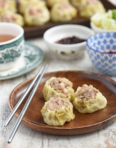 Kawaling Pinoy Pork Siomai (Steamed Pork Dumplings)