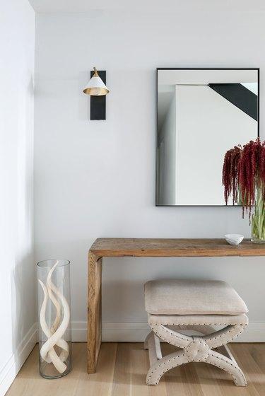 Modern Hallway lighting wall mounted with shade
