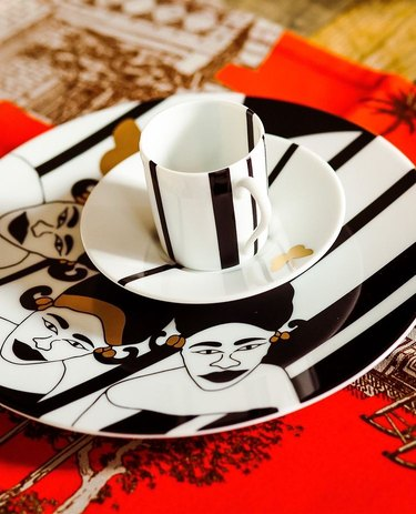 black and white ceramic plates with gold accents designed by 54kibo