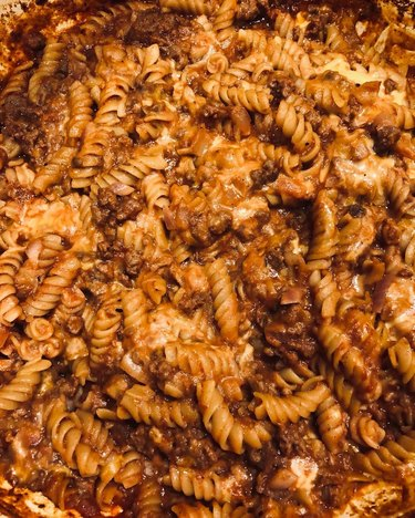 impossible meat cheeseburger casserole