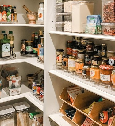 How to Organize a Pantry in Chrissy Teigen pantry