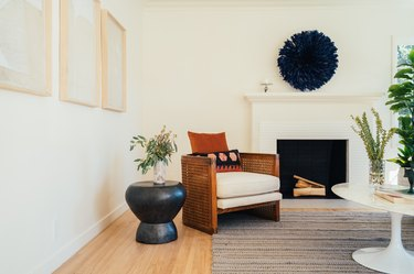 living room with cream colored paint