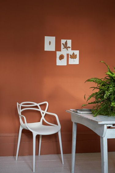 contemporary colors in terracotta dining room
