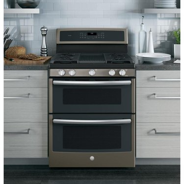 Stainless Steel Gas Stove with double oven and griddle