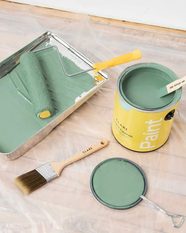 paint materials with a light green hue