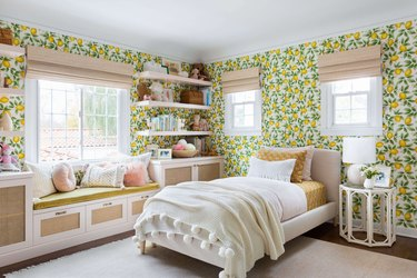 analogous color kids room with yellow and green