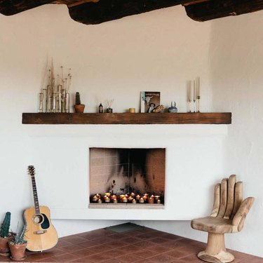 ways to decorate for fall candles in fireplace