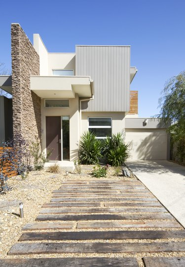 Contemporary double storey townhouse home