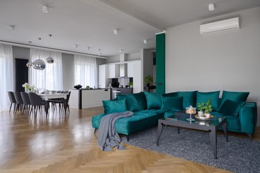 Elegant, beautiful and spacious apartment
