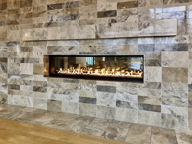 Modern gas fireplace