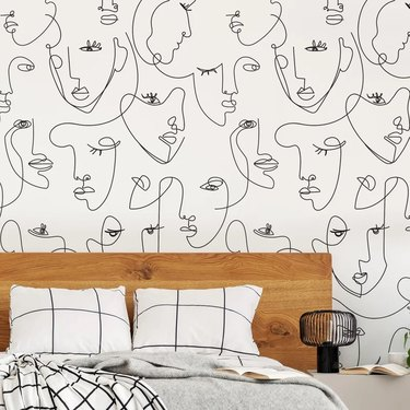 Wallpaper with faces