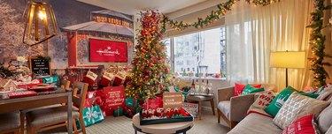 christmas-themed room