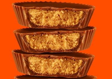 reese's peanut butter cup stack