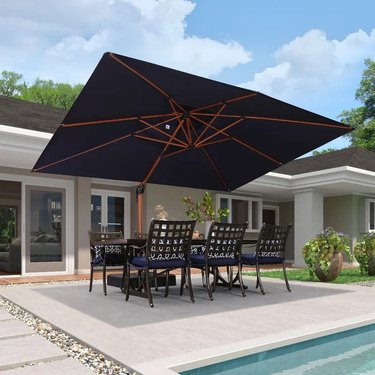 Oversized cantilever umbrella