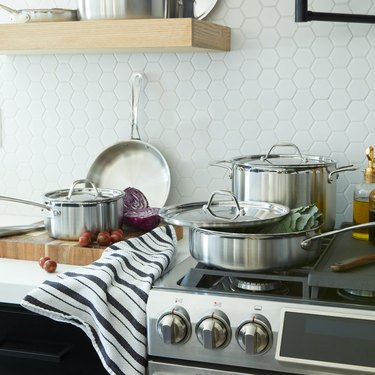 italic stainless steel cookware set