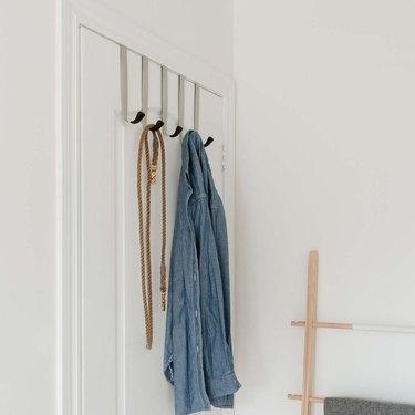 over the door garment rack