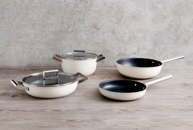 matte cream SMEG cookware