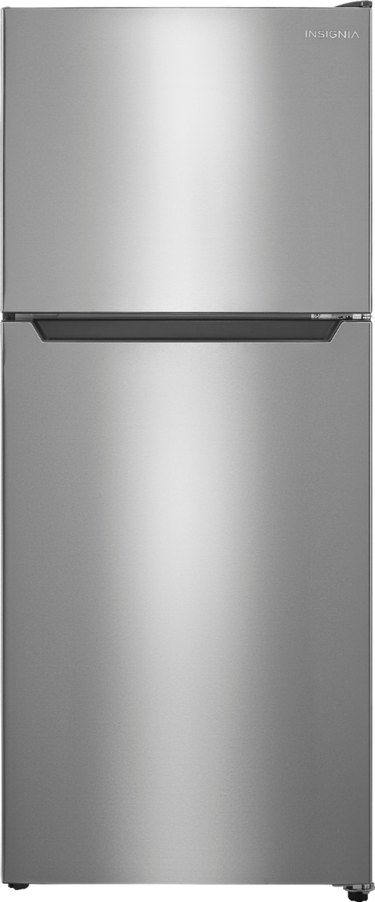 Insignia Top-Freezer Refrigerator in Stainless steel