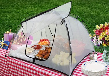 PicnicPal Plus Food Tent