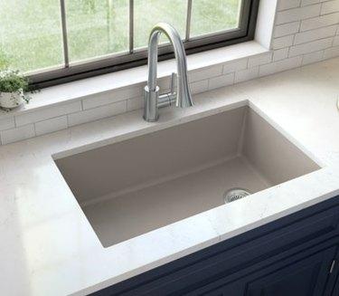 undermount quartz sink