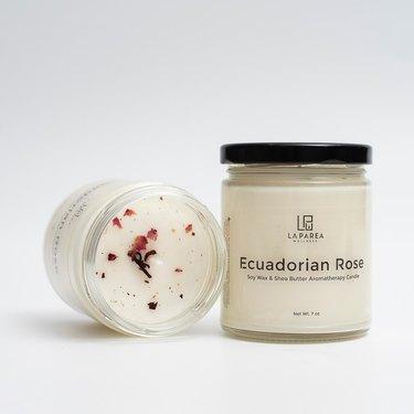 La Parea Wellness ecuadorian rose candle