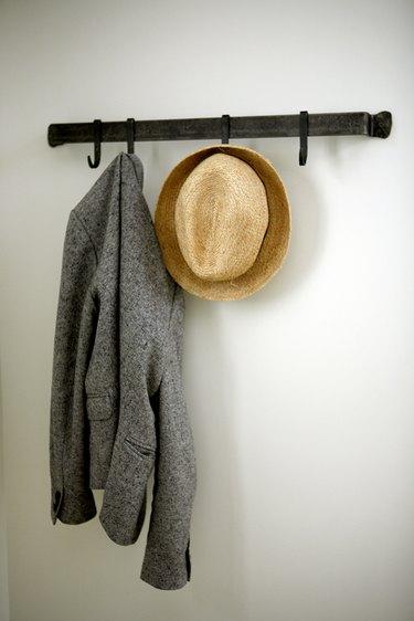 small farmhouse bedroom ideas with wall hooks