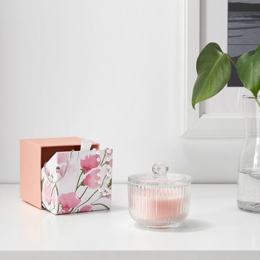 Blomdoft Scented Candle in Sweet Pea