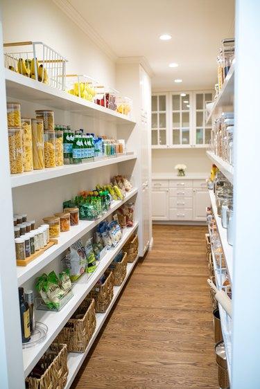 zero waste kitchen pantry