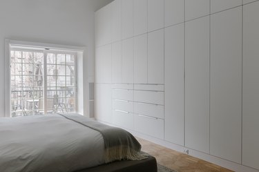 BOXI by Semihandmade white bedroom cabinets