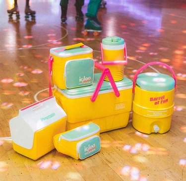 igloo retro collection in yellow and blue at roller skating rink