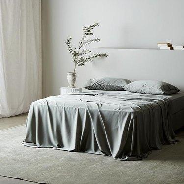 ettitude sage green bamboo bed sheets