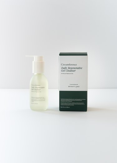 circumference Daily Regenerative Gel Cleanser with box