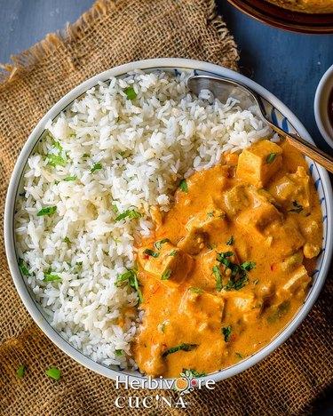 Herbivore Cucina Instant Pot Peanut Tofu Curry