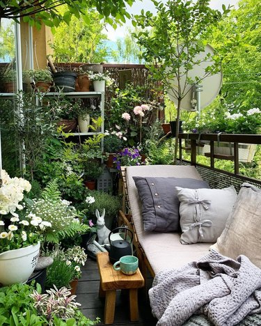 balcony garden with lounge chair