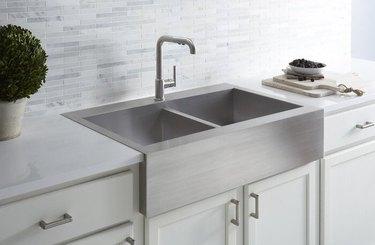 Double Basins Farmhouse Kitchen Sink