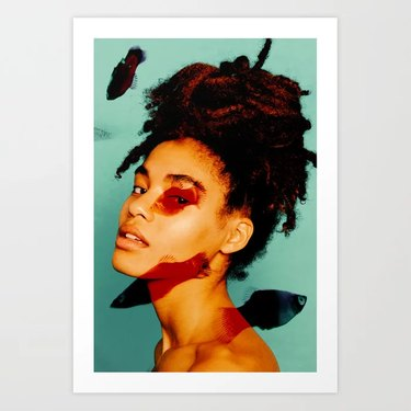 photo to Black woman