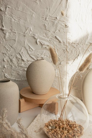 minimalist ceramic vases