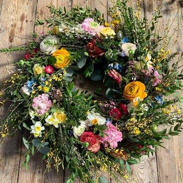 spring wildflower wreath